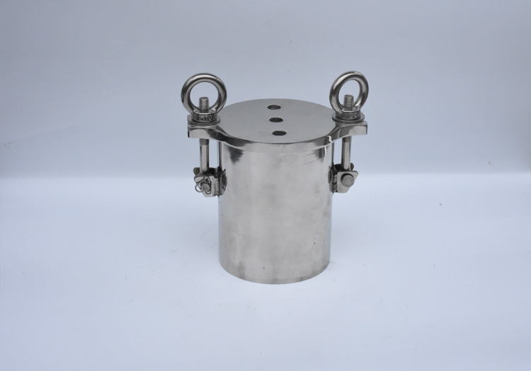 Dispensing pressure bucket